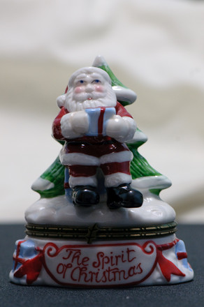 Test shot of Santa with ambiance light only